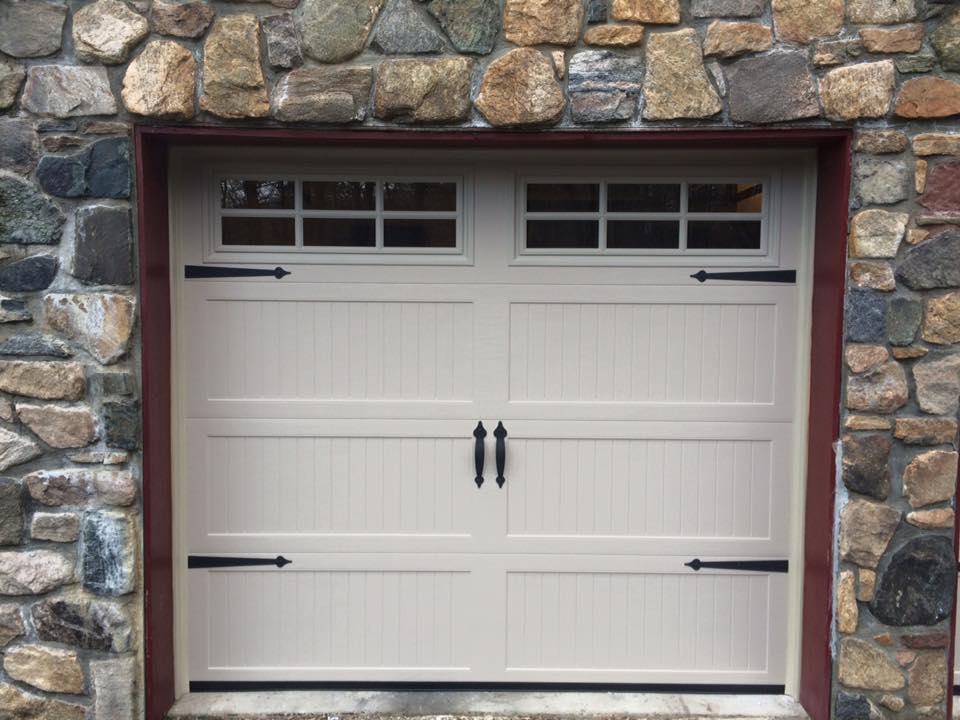 Superieur 8x7 Haas 664 Long Carriage House Ribbed Panel, Sahara Tan 6 Pane Glass  Decorative Hardware Installed In Guilford